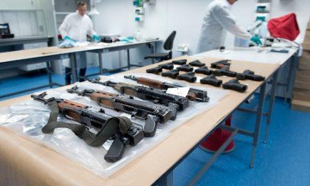 Vuurwapens_AK47_NIEUWEGEIN.jpg