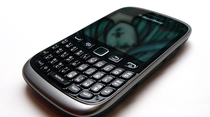 blackberry9320.jpg