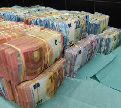geld-21-miljoen-amsterdam.jpg