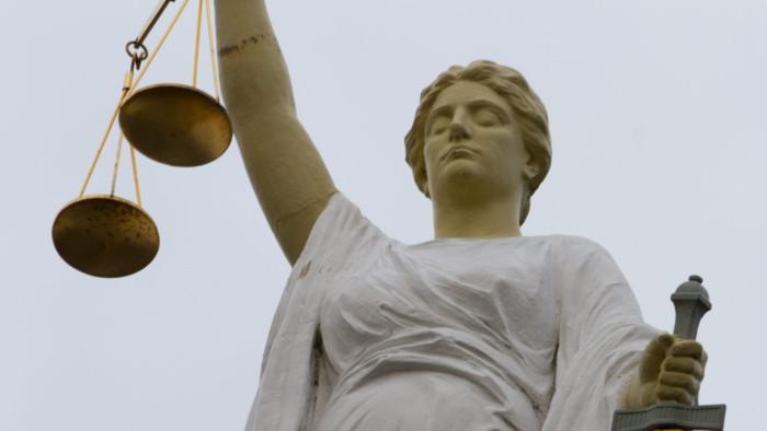 vrouwe-justitia-eigen-archief-2-e1473838147470-700x394.jpg