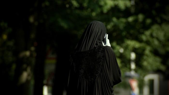 imams-sluiten-illegaal-polygame-huwelijken-700x394.jpg