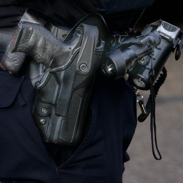 Politie97_C2A9CS.jpg