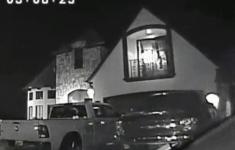 VIDEO: Scherpschutter schiet gijzelnemer met baby in armen door hoofd [Crime Nieuws]