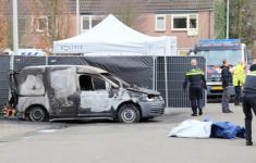 Uitgebrande caddy was observatiewagen politie [Vlinders Crime]