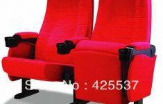 Man overlijdt door beknelling onder bioscoopstoel [Panorama]