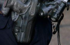 Agent krijgt taakstraf voor schieten op auto [Crimesite]