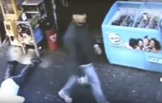 VIDEO: Snelle zéér efficiënte liquidatie Italiaanse maffia op klaarlichte dag [Crime Nieuws]