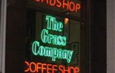 OM dagvaardt personeel Grass Company [Crimesite]