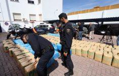 Spaanse politie neemt acht ton hasj in beslag [Panorama]