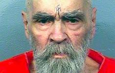 Sekteleider Charles Manson gecremeerd [Panorama]