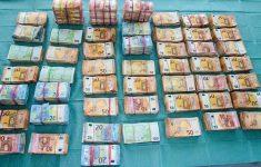 Politie vindt 2,2 miljoen euro op feestlocatie die diende als clubhuis van onderwereld kopstukken [Boevennieuws]
