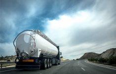 Berichten over gestolen truck met chemicaliën lijkt loos alarm [Panorama]