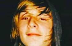 Politieman schiet tiener dood in rechtszaal [Crimesite]
