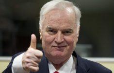 Massamoordenaar Ratko Mladić veroordeeld tot levenslang [Panorama]