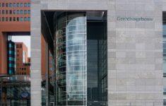 Verdachte krijgt slaag in Rotterdamse rechtszaal (UDPATE) [Crimesite]
