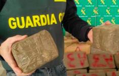 Twee Marokkanen met ton hasj gepakt (VIDEO) [Crimesite]